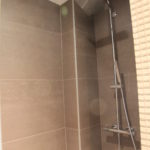 Carrelages grand format salle de bain